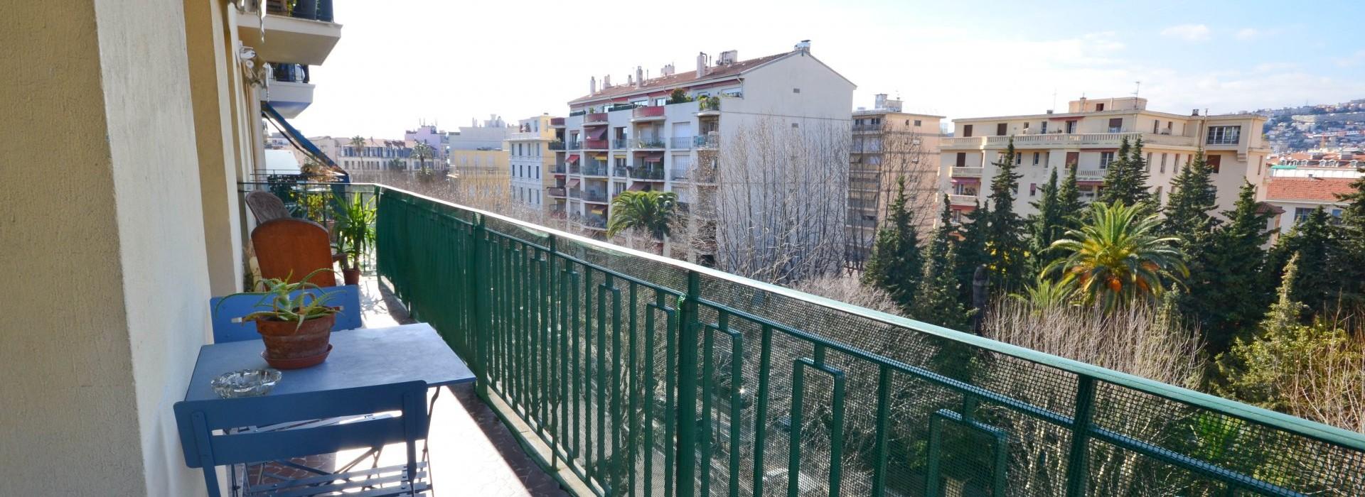Appartement Nice 3 Pièces 52m2 375,000€